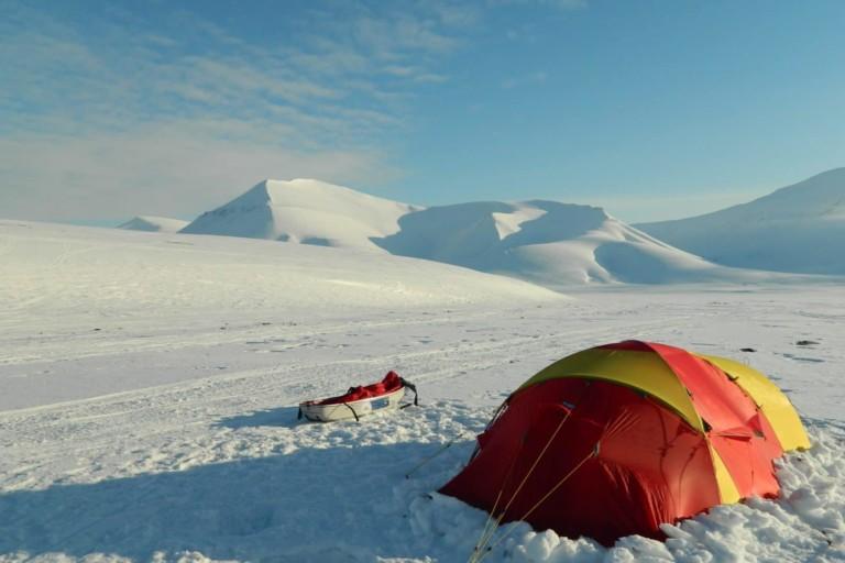 Notre tente : seule tache de couleur