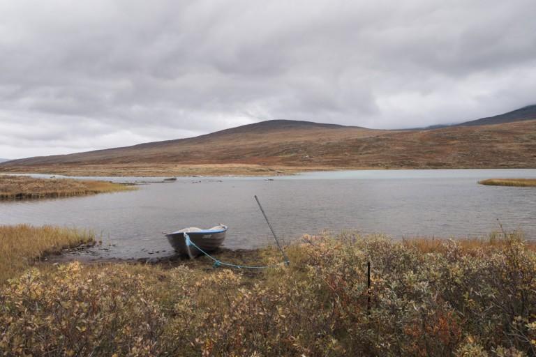 Le bateau pour passer de l'autre côté d'Alggàjavrre - Sarek